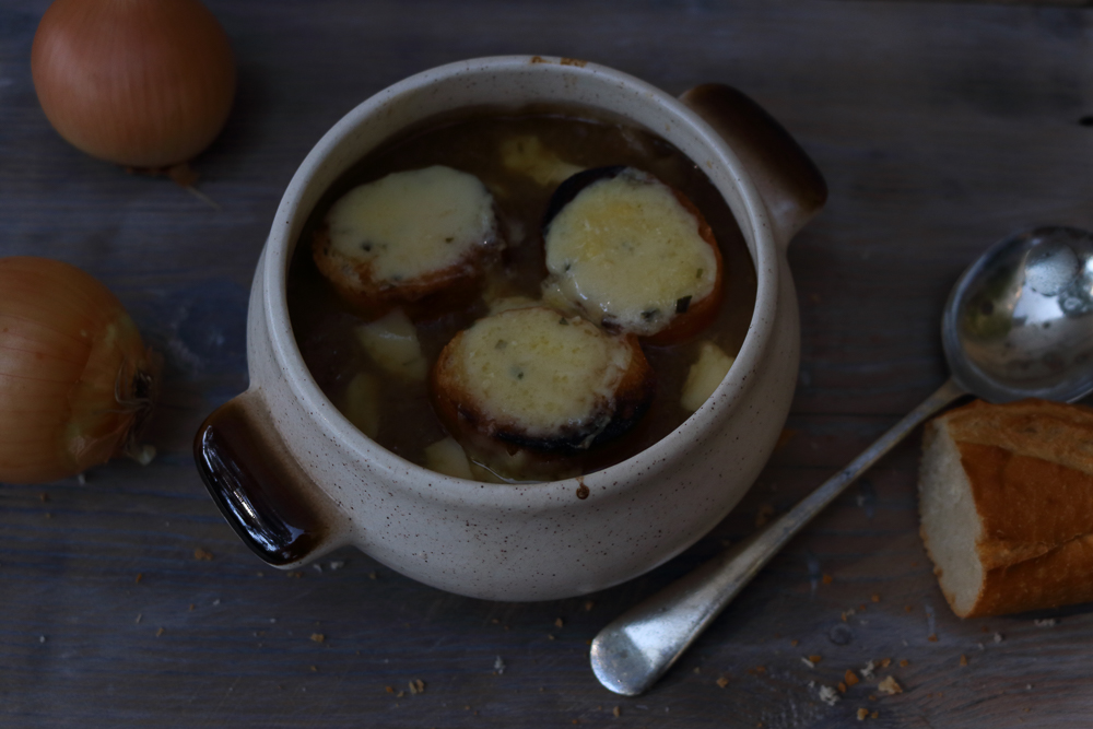 French Onion Soup / www.quichentell.com