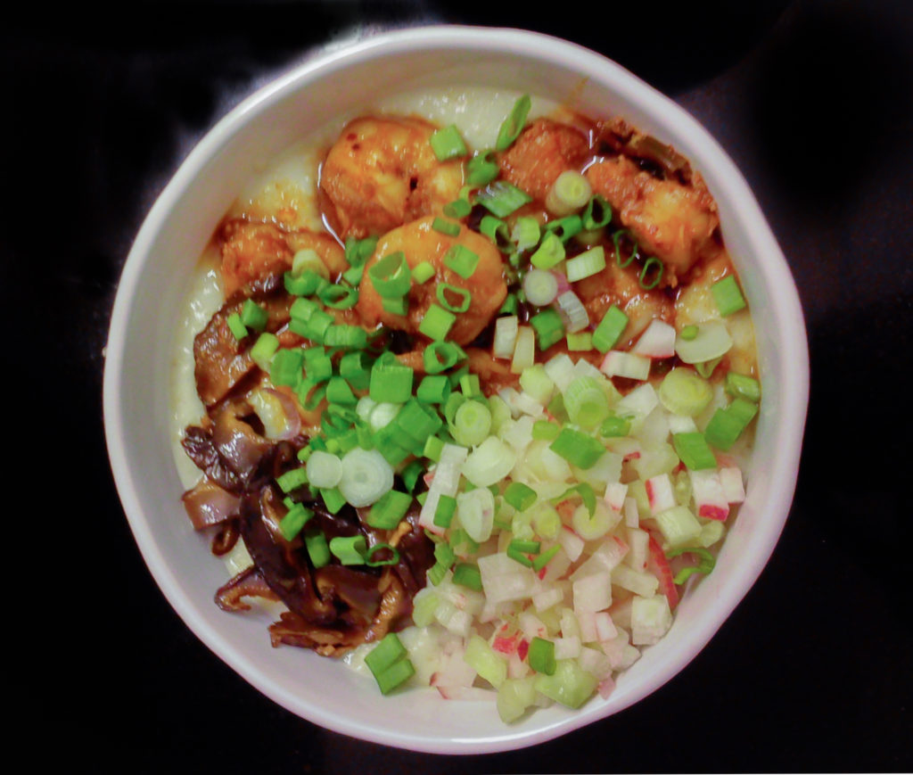 Creamy Oat Bowl With Shiitake And Prawns / www.quichentell.com