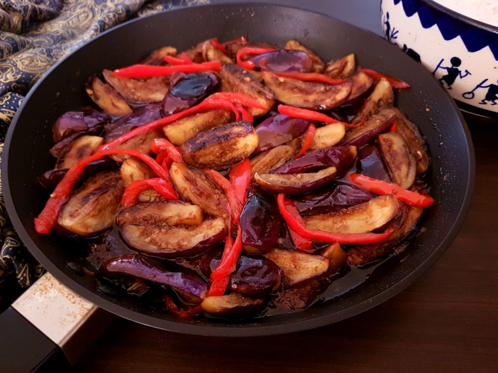 Chinese Chilli Eggplant / www.quichentell. com