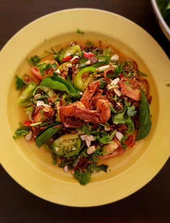 Shrimp Salad With Tangy Thai Dressing / www.quichentell.com