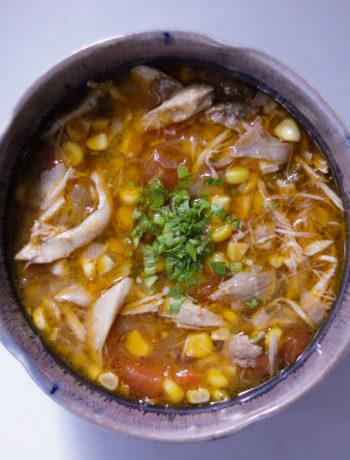 Chicken Corn And Chilli Soup / www.quichentell.com